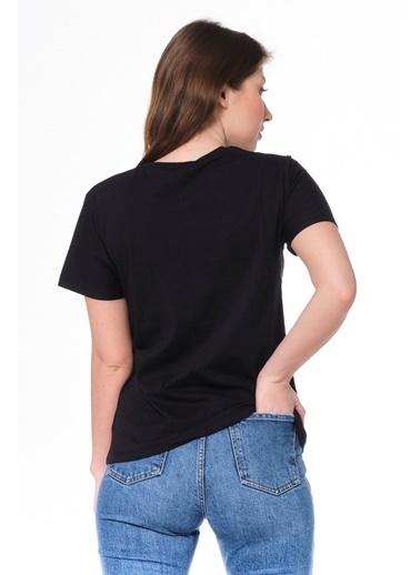 Elif İç Giyim Kadın Bisiket Yaka Baskılı Yazılı Taşlı Siyah Tişört Siyah